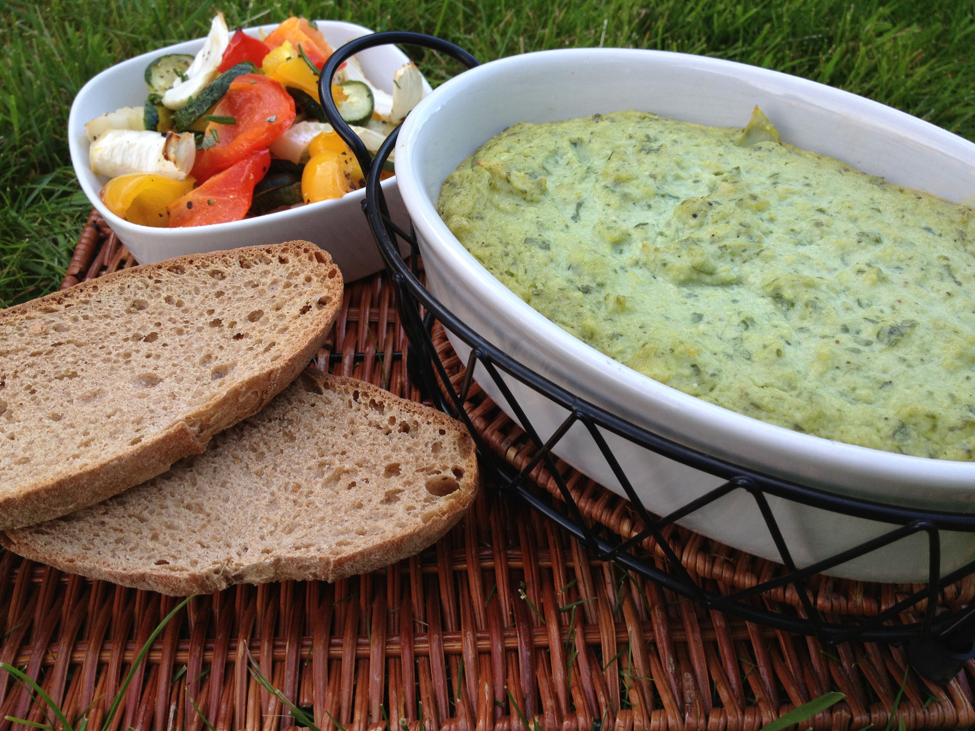 Creamy Artichoke Spinach Dip (without the junk)