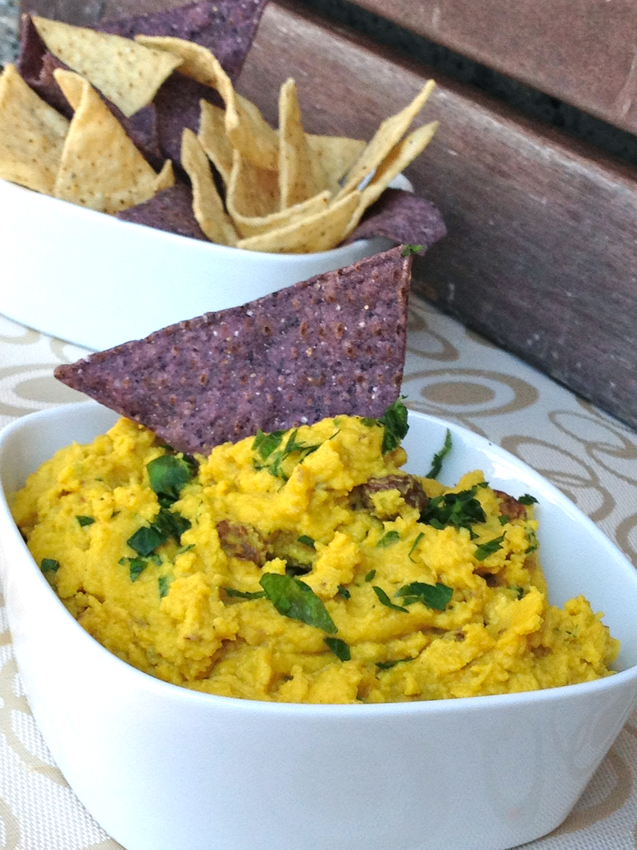 Curry Chickpea Hummus with Raisins (gluten-free, soy-free, oil-free)