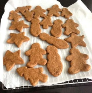 Natural Gingerbread Folks and Vegan Christmas Cookies (oil-free and gluten-free options)