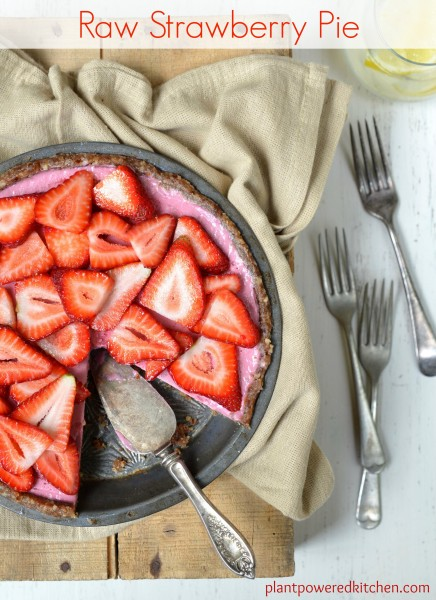 Raw Strawberry Pie #vegan #glutenfree #raw www.plantpoweredkitchen.com