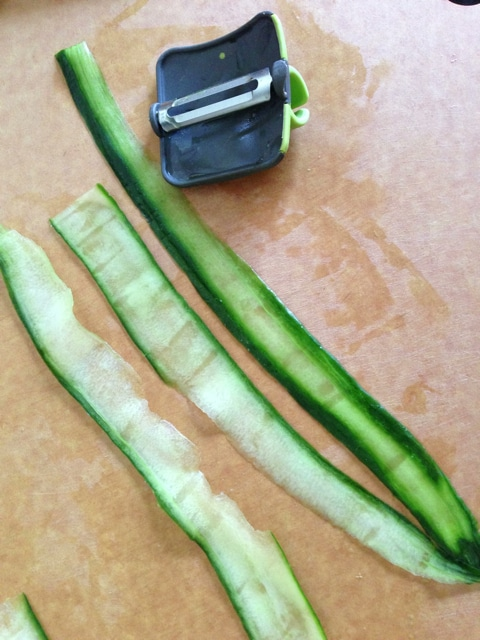 cucumber peeling