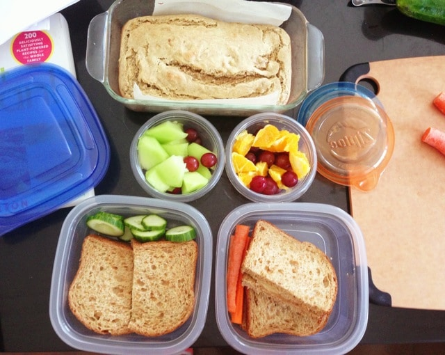 packing school lunches - plant-powered kitchen