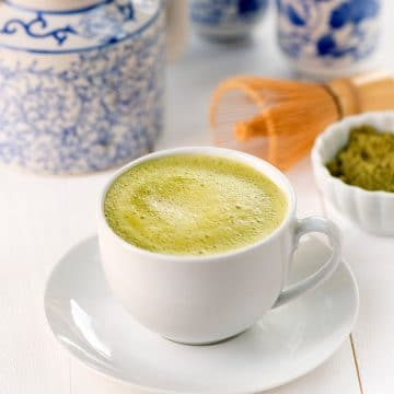 Vanilla Matcha Green Tea Latte, by Dreena Burton #vegan #dairyfree #glutenfree