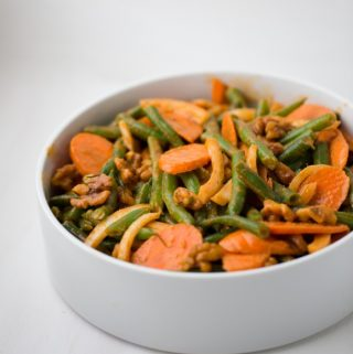 Smoky Paprika Green Bean Salad with Candied Walnuts - recipe by Kathy Patalsky, from Healthy Happy Vegan Kitchen.
