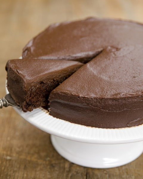 Chocolate Sweet Potato Cake + Chocolate Sweets Frosting www.plantpoweredkitchen.com #vegan #wfpb