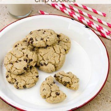 Vanilla Bean Chocolate Chip Cookies #vegan #glutenfree #wholefoods #plantbased #oilfree