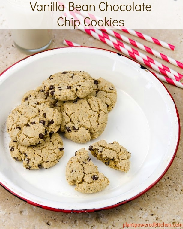 Vanilla Bean Chocolate Chip Cookies #vegan #glutenfree #wholefoods #plantbased #oilfree