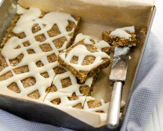 Pumpkin-Spice Bars with Maple Frosting #vegan #nutfree #glutenfree #dairyfree www.plantpoweredkitchen.com