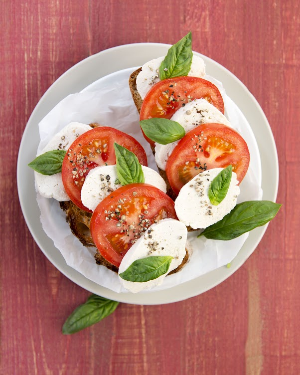 Buffalo Mozzarella from DIY Vegan #dairyfree #vegan #cheese