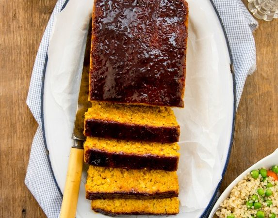 "EASY vegan meatloaf: Autumn Dinner Loaf from ""Plant-Powered Families"" #vegan #glutenfree www.plantpoweredkitchen.com"