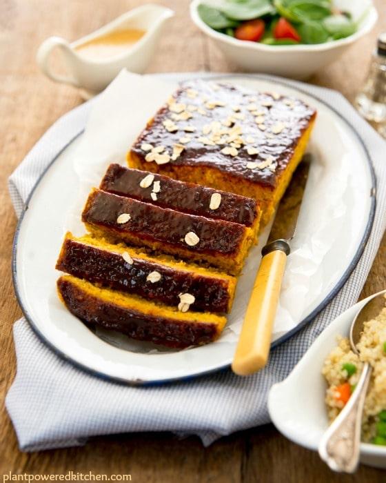 EASY and DELICIOUS VEGAN Meatloaf: Autumn Dinner Loaf | vegan dinner recipes | vegan meat substitutes | vegan recipe ideas | how to make a vegan meatloaf | vegan recipe ideas | meatloaf recipe vegan | homemade vegan recipes || Plant Powered Kitchen #vegandinner