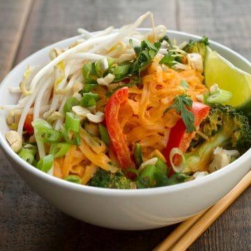 Thai Kaju Curry - Noodlebox Canada Feature Series #vegan