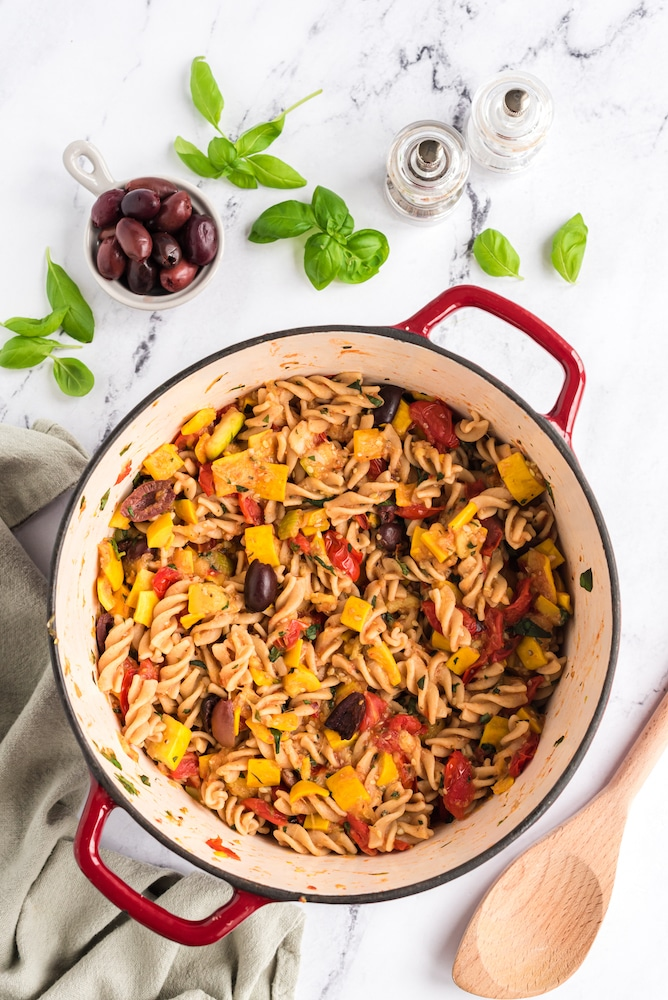 Summer Pasta cooked in pot